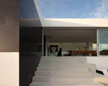 Residence EV06 by DBALP