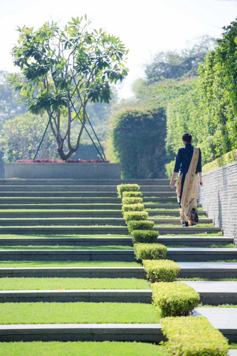 The oberoi hotel new delhi landscape design by p for New landscape design