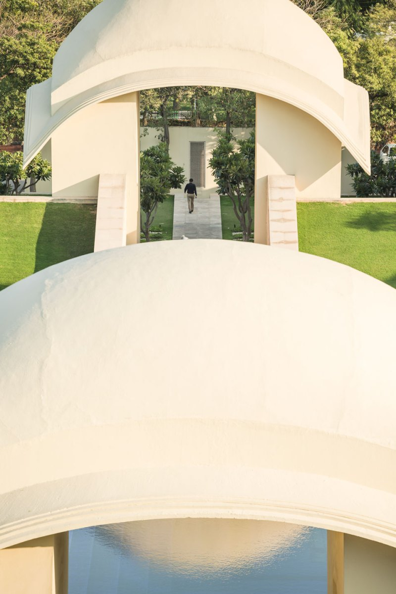 Trident gurgaon hotel landscape design by p landscape i for Hotel landscape design