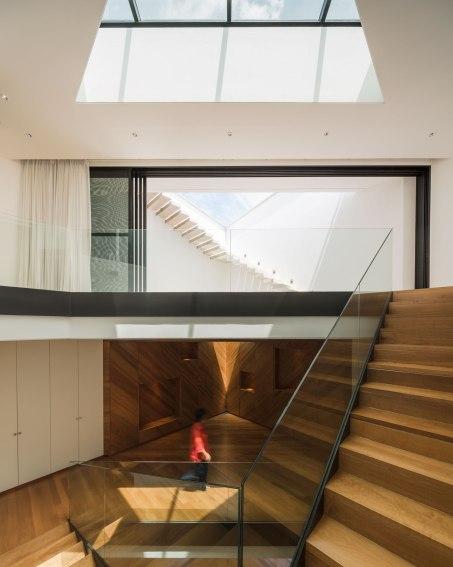 Baan Moom / Corner House by IF - Integrated Field