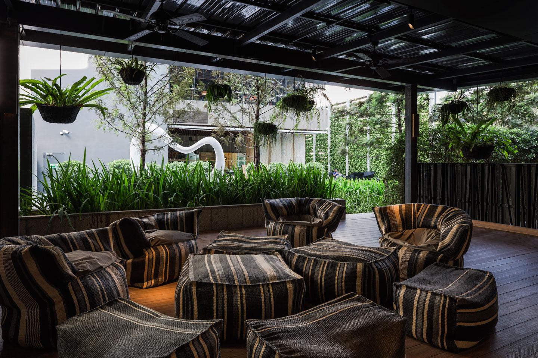 Pla hilton doubletree 29 wison tungthunya w workspace for Hotel landscape design