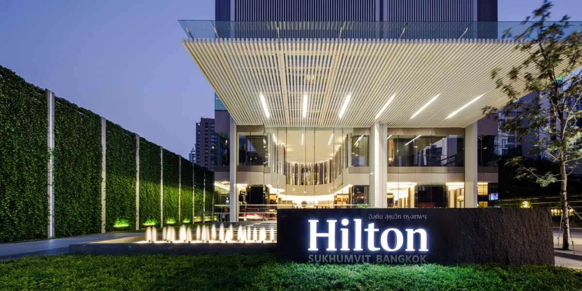 Pla hilton doubletree 42 wison tungthunya w workspace for Hotel landscape design