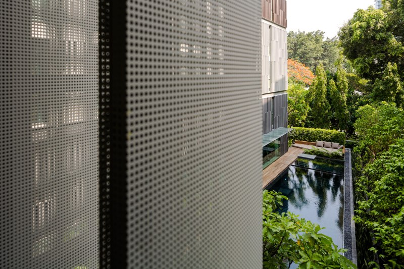 VIA 49 BY Sansiri. Architecture design by Somdoon Architects. Landscape Design by Shma.