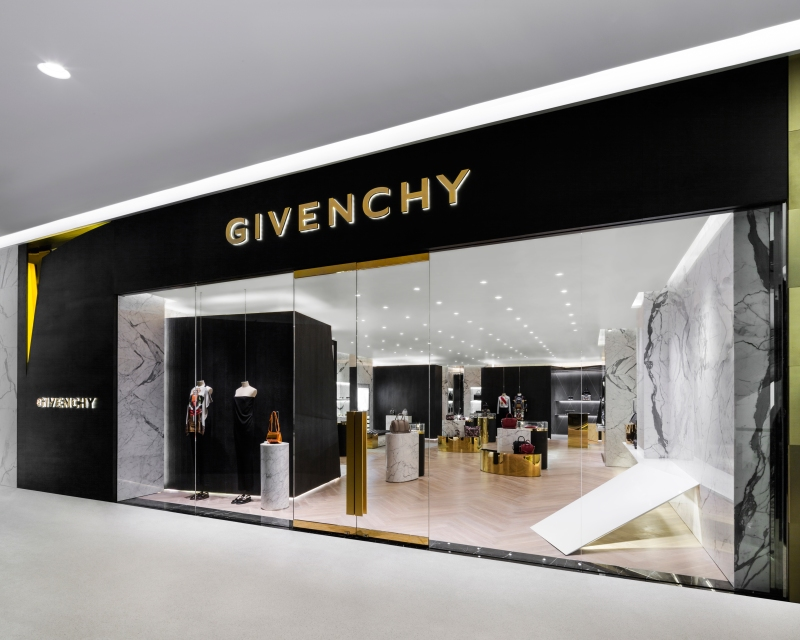 GIVENCHY Store @Central Embassy