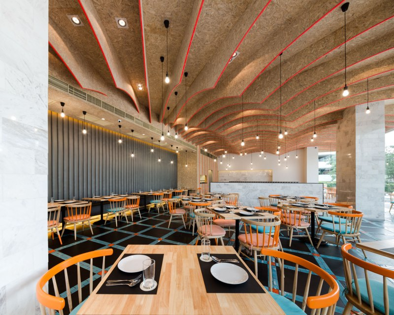 Laem Charoen Seafood @The Sense Pinklao Interior Design by Onion
