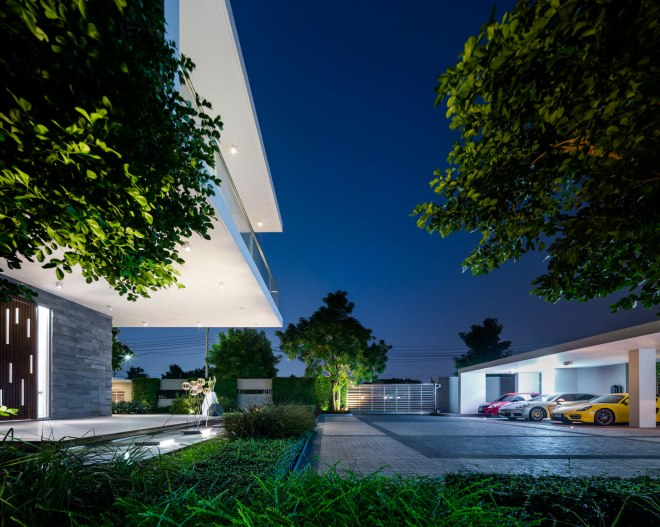 Residence S by Dhhevanand