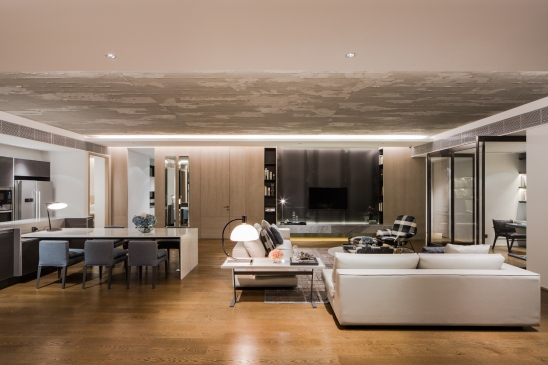 Issara Collection Sale Office by Charn Issara Development