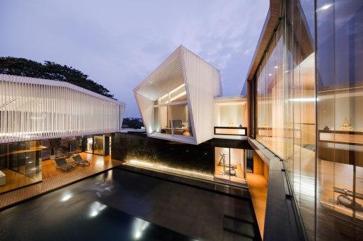 Residence R By Atom Design