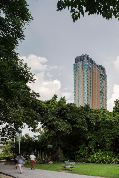 JS Infinite One Tower