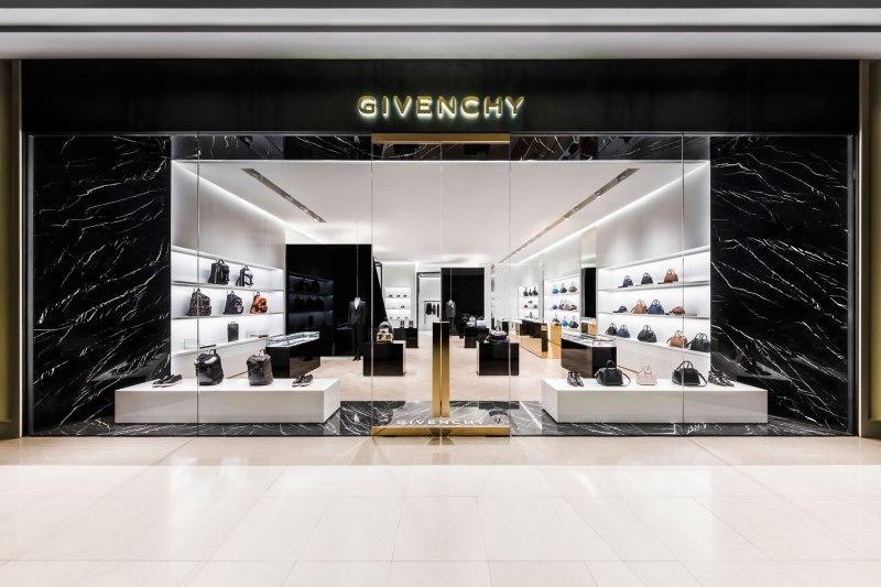 GIVENCHY Store @Siam Paragon by PP Group