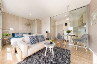 ISSI Condominium by Charn Issara Development