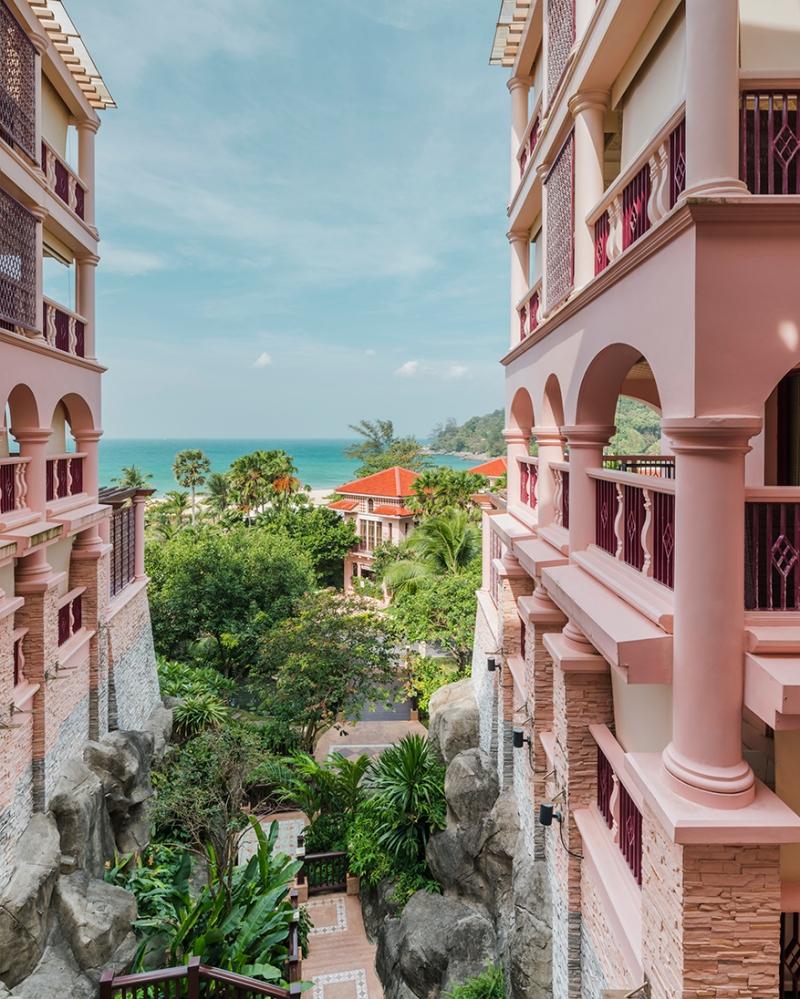 Centara grand phuket hotel by urbanis wison tungthunya for Design hotel phuket