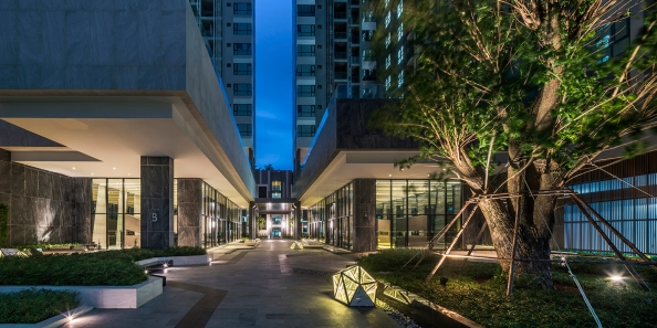 The Base Central Pattaya by Sansiri. Landscape Architect » Redland•scape