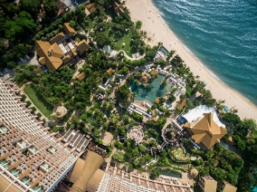 Centara Grand Mirage Pattaya Hotel Landscape Design by URBANiS