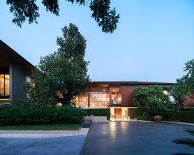 Residence J • Architect » A49 • Landscape Architect » TROP
