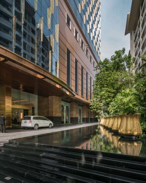 Grand Centre Point Thonglor • Landscape Architects » Shma