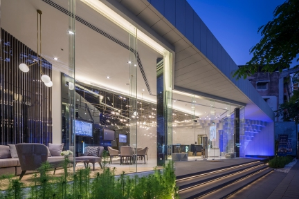 Centric Ratchayothin Sale Office by SC Asset