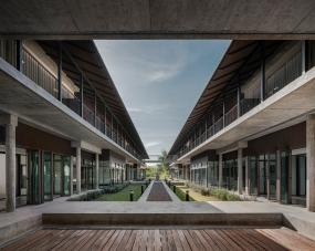 Mahidol Hospital Nakhonsawan • Architects & Landscape Architects » Arsomslip Community and Environment Architect
