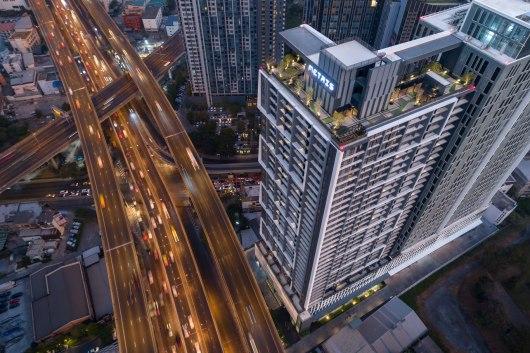 Matris Rama 9 by Major Development