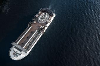 Saffron Cruise by Banyan Tree Interior Architects » Studio LocomotiveSaffron Cruise by Banyan Tree Interior Architects » Studio Locomotive