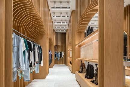 Off-White Store at The Emquartier • Client » PP Luxe